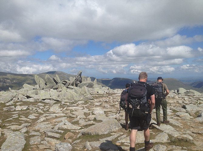 guided hikes on the glyderau