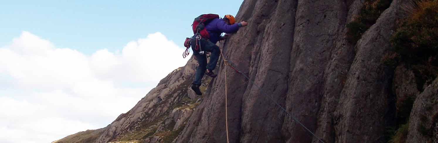 rock climbing snowdonia north wales