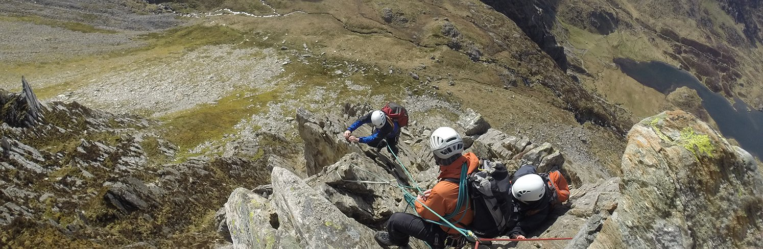 climbing on cneifion arete